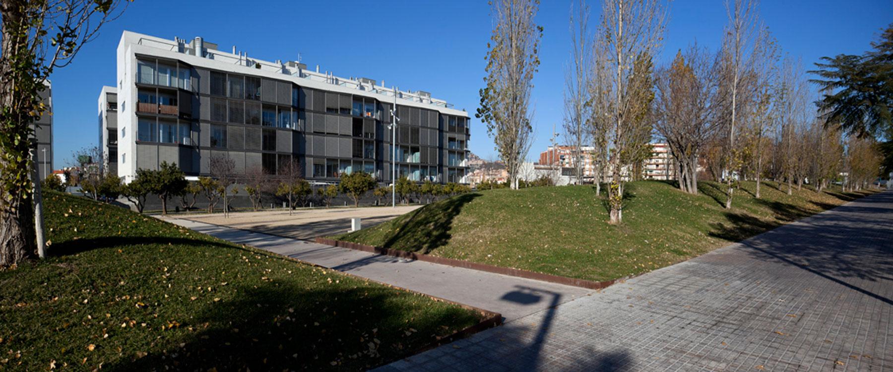 Urbanizaci n bon salvador les franceses sant feliu de - Casas sant feliu de llobregat ...